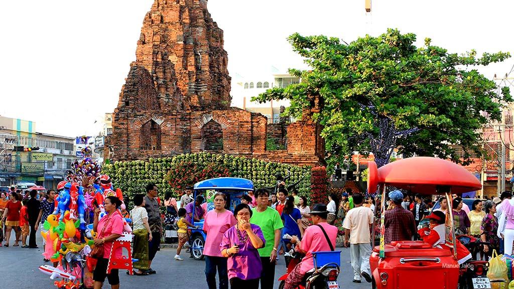 Lopburi street.