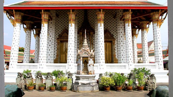 Ubosot, Wat Arun.